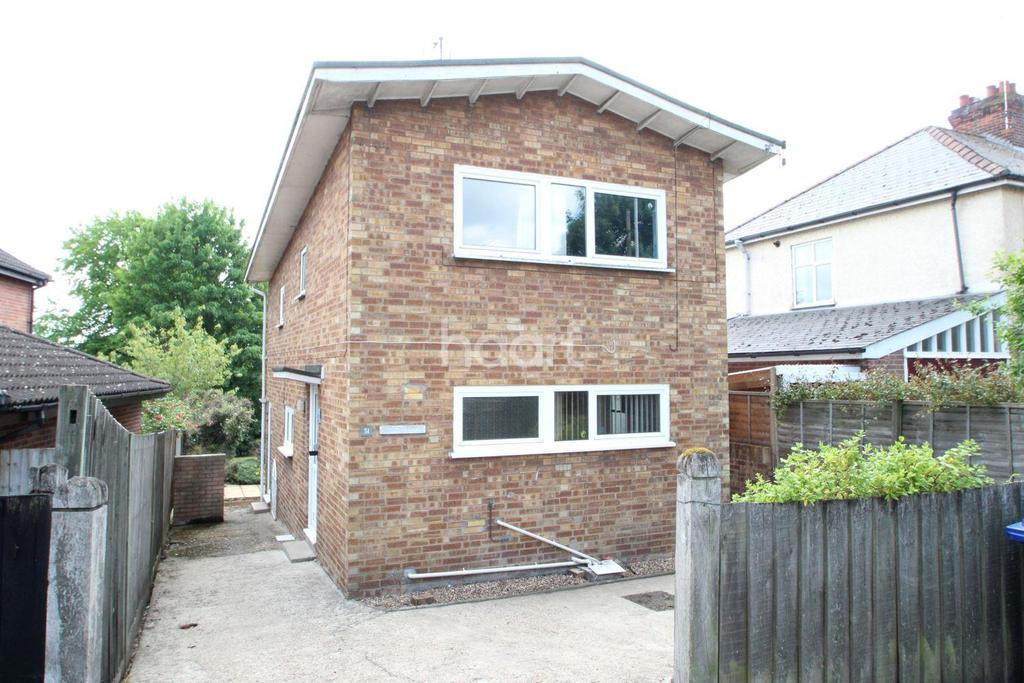 3 Bedrooms Detached House for sale in Hospital Road, Bury St Edmunds