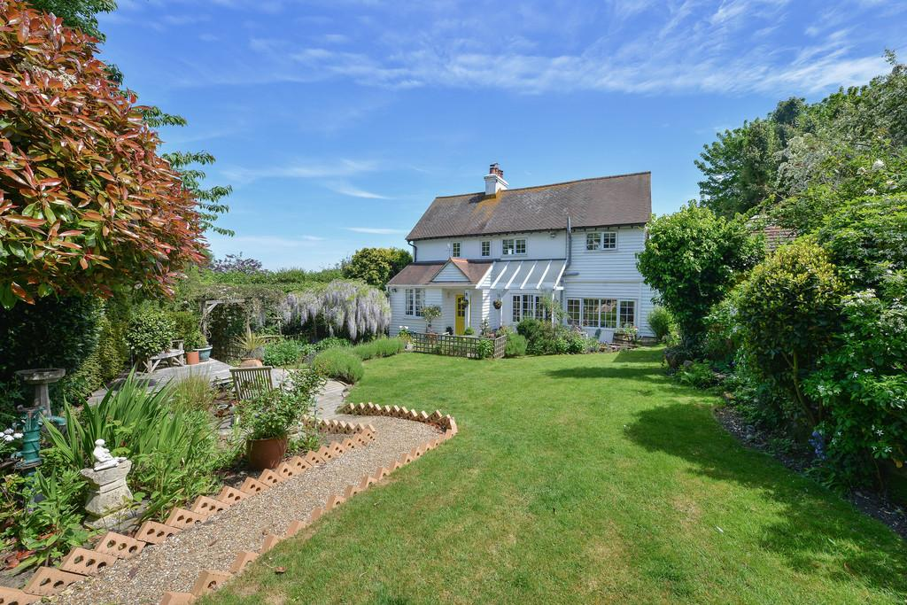 3 Bedrooms Cottage House for sale in New England Lane, Playden, Rye,, East Sussex TN31 7NT