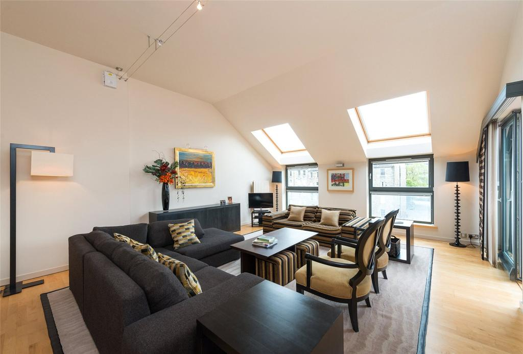 3 Bedrooms Penthouse Flat for sale in Annandale Street, Edinburgh