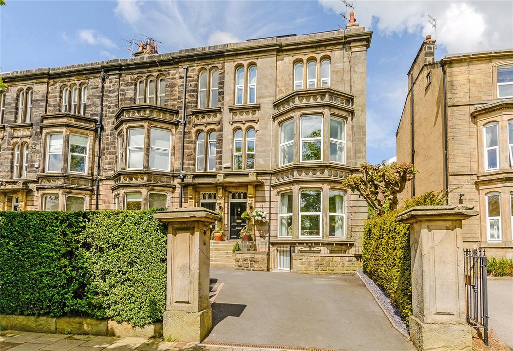 5 Bedrooms Terraced House for sale in York Place, Harrogate, North Yorkshire