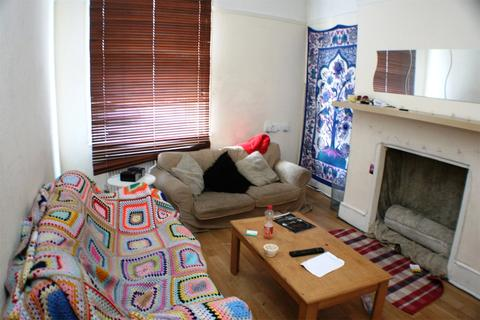 4 bedroom maisonette to rent - Cheltenham Road, St Andrews, Bristol, BS6
