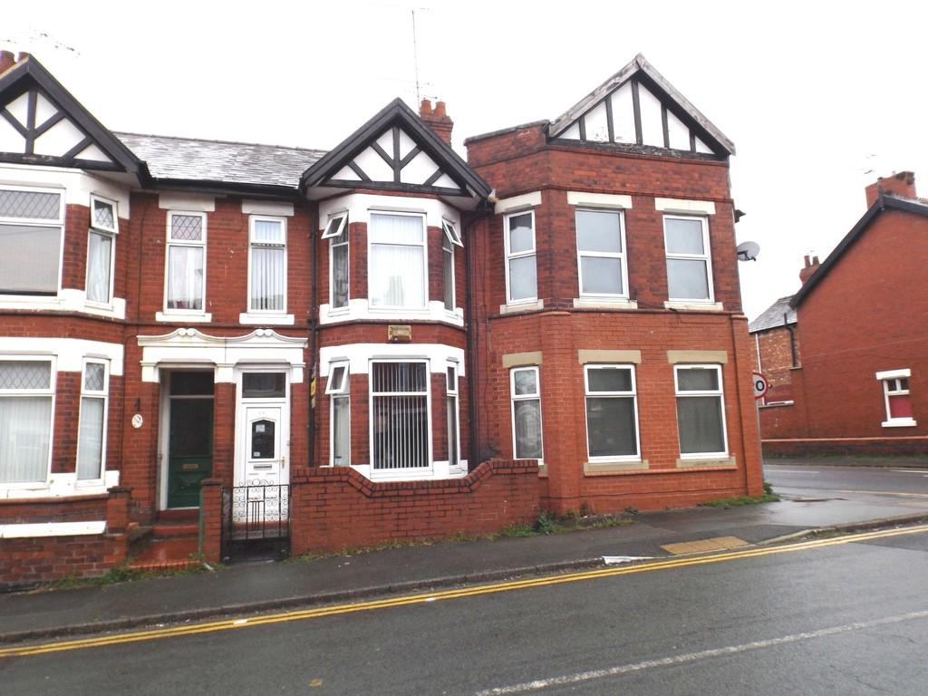 3 Bedrooms Terraced House for sale in Ruskin Road, Crewe