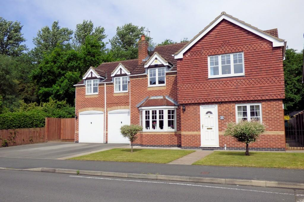 5 Bedrooms Detached House for sale in Kingsmead, Stretton