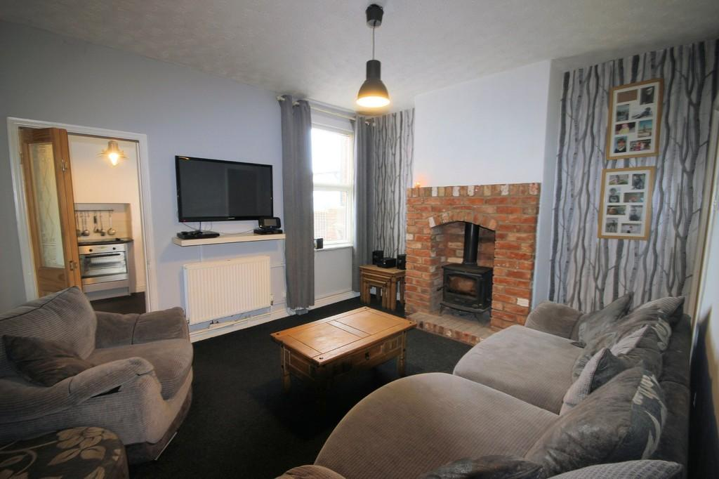 3 Bedrooms Semi Detached House for sale in Swepstone Road, Heather
