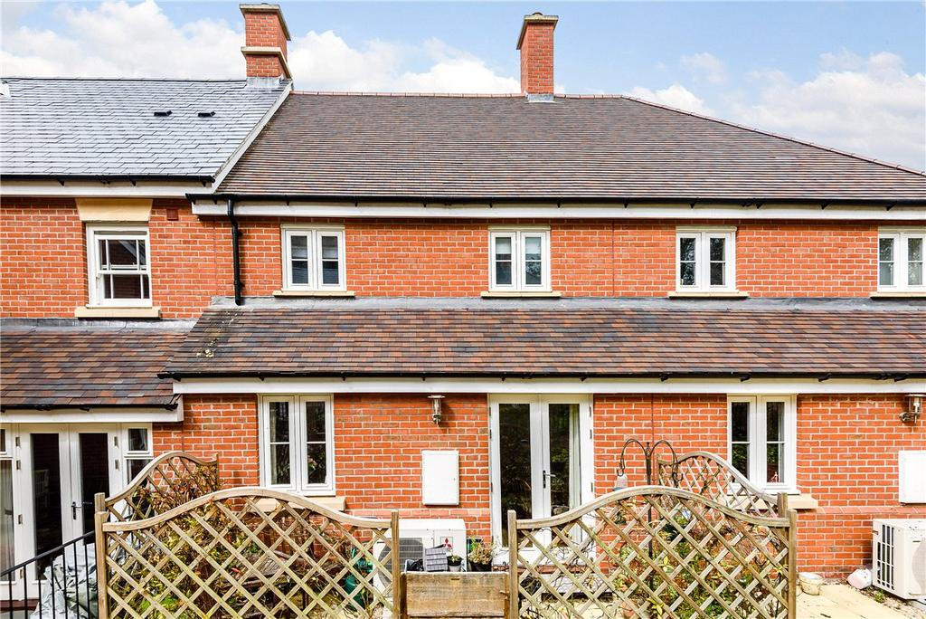 2 Bedrooms House for sale in Whatley Drive, Pewsey, Wiltshire, SN9