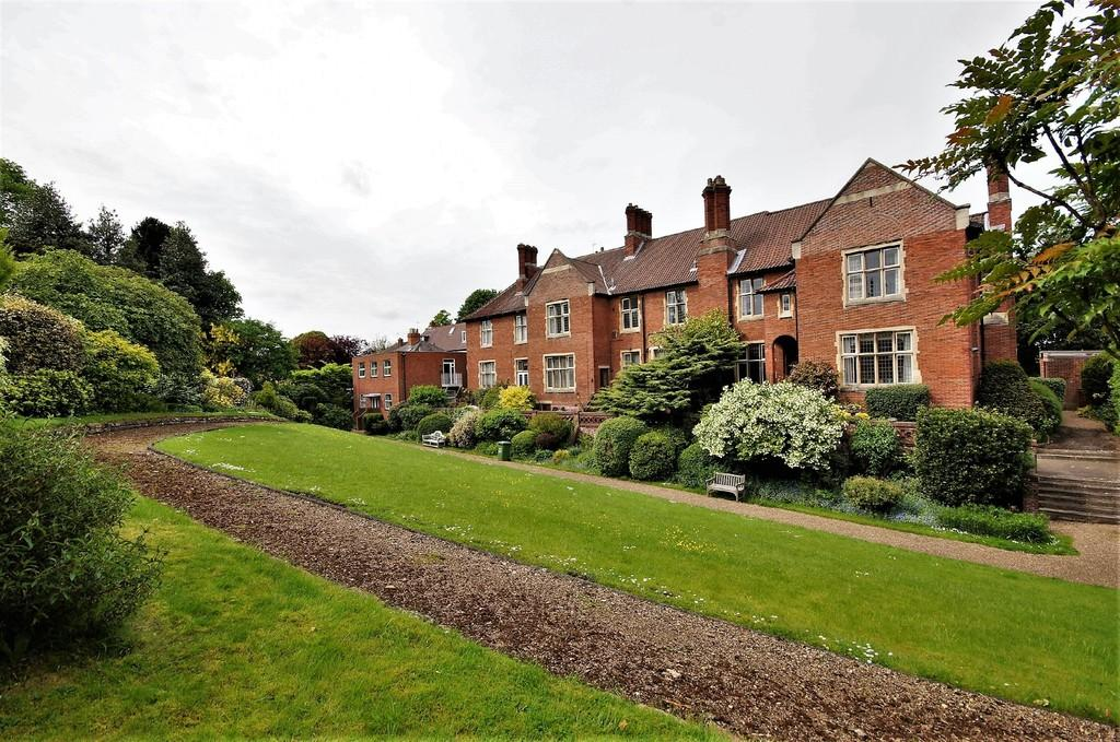 2 Bedrooms Apartment Flat for sale in Francis Hill Court, Lincoln