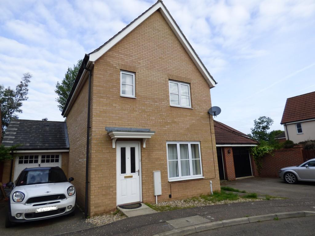 3 Bedrooms Detached House for sale in Jermyn Way, Tharston