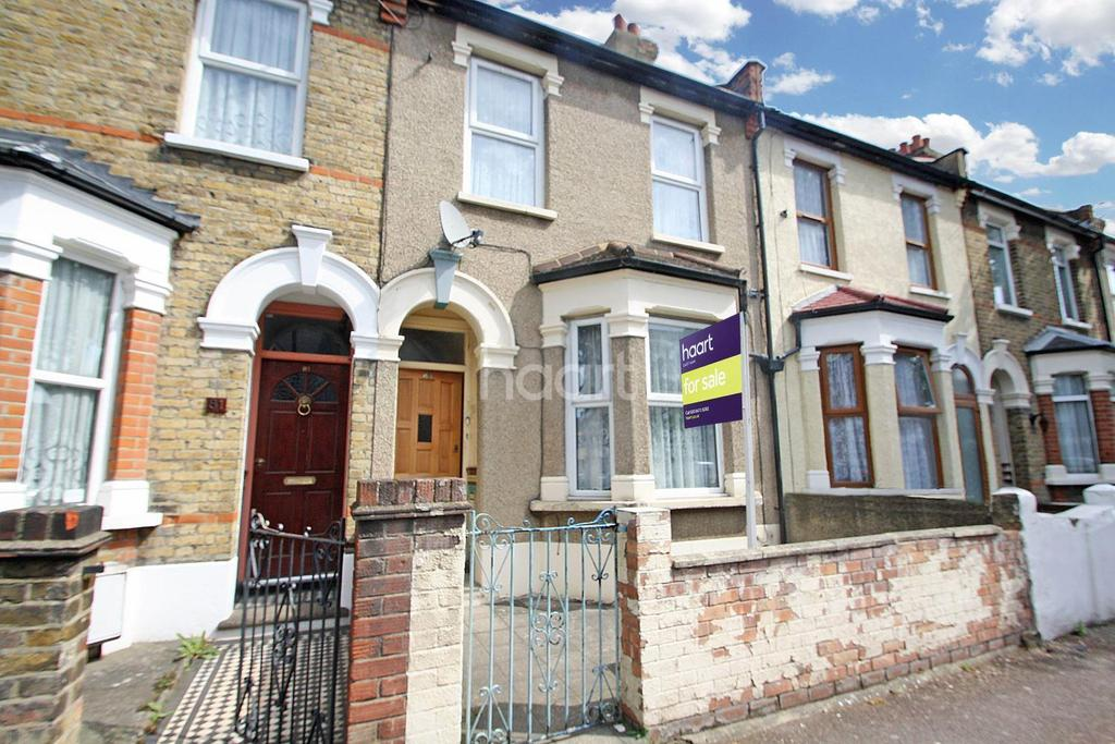 3 Bedrooms Terraced House for sale in Lichfield Road, London