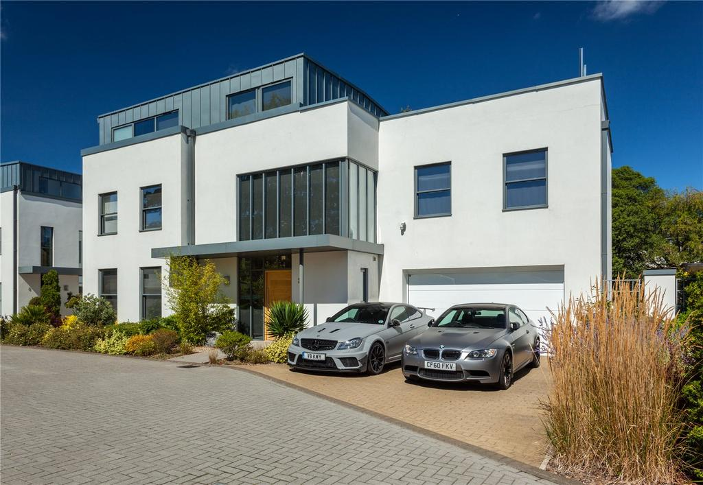 5 Bedrooms Detached House for sale in Lyndhurst Road, Exeter, EX2