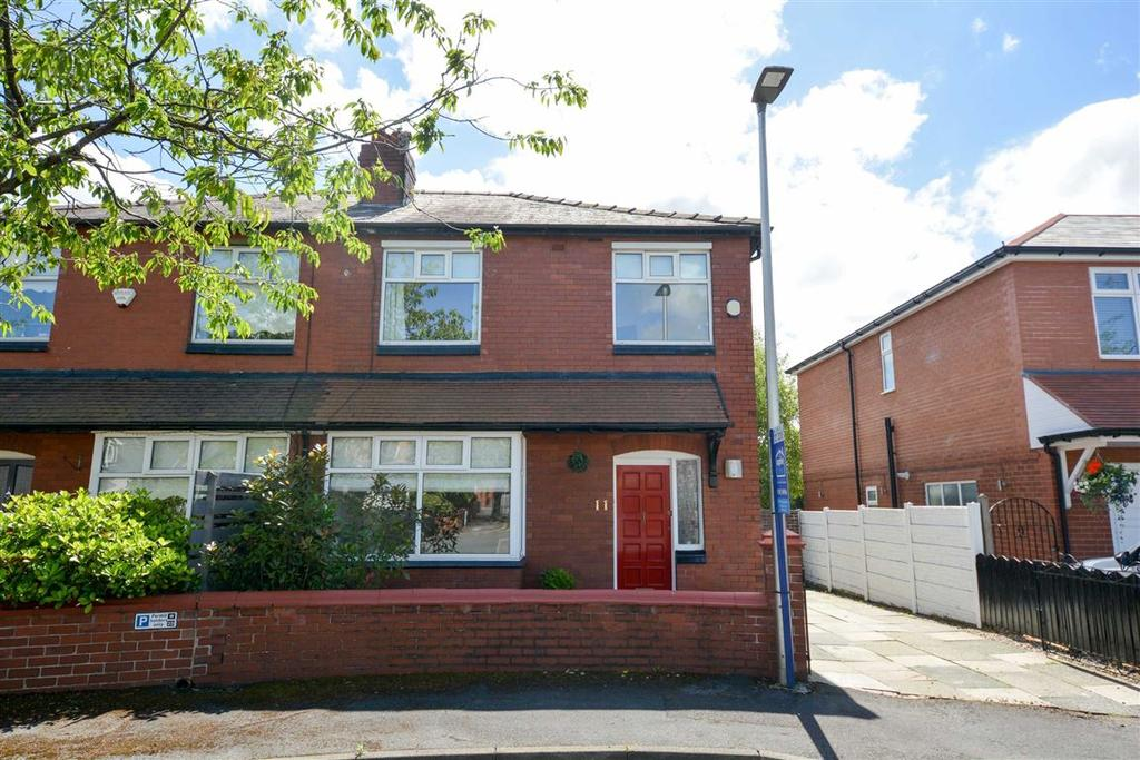 3 Bedrooms Semi Detached House for sale in Wordsworth Avenue, Wigan, WN1