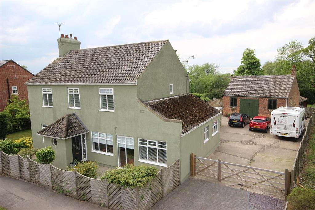 4 Bedrooms Detached House for sale in Main Road, Newport, Brough