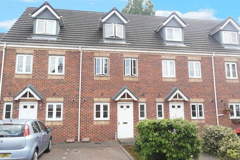 3 Bedrooms Terraced House for sale in 31 The Avenue, Wednesbury, WS10 8NZ