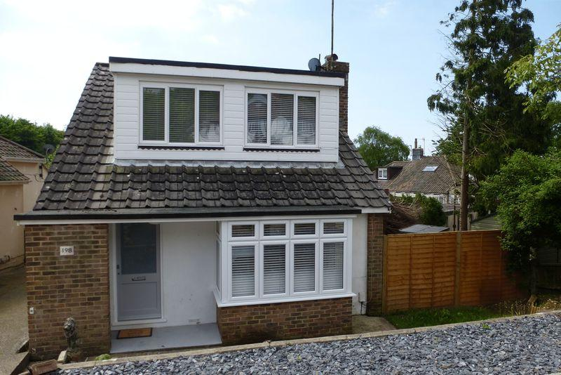 3 Bedrooms Bungalow for sale in Braeside Avenue, Patcham, Brighton, East Sussex,
