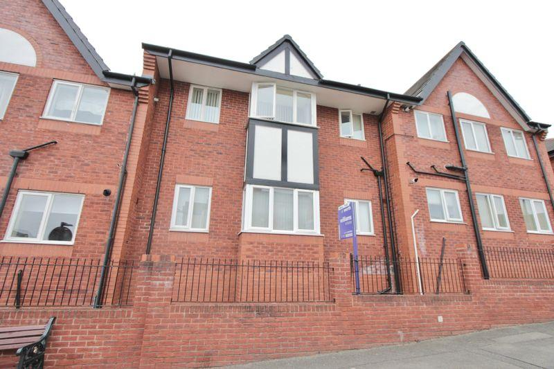 2 Bedrooms Apartment Flat for sale in Saronie Court, Prestatyn