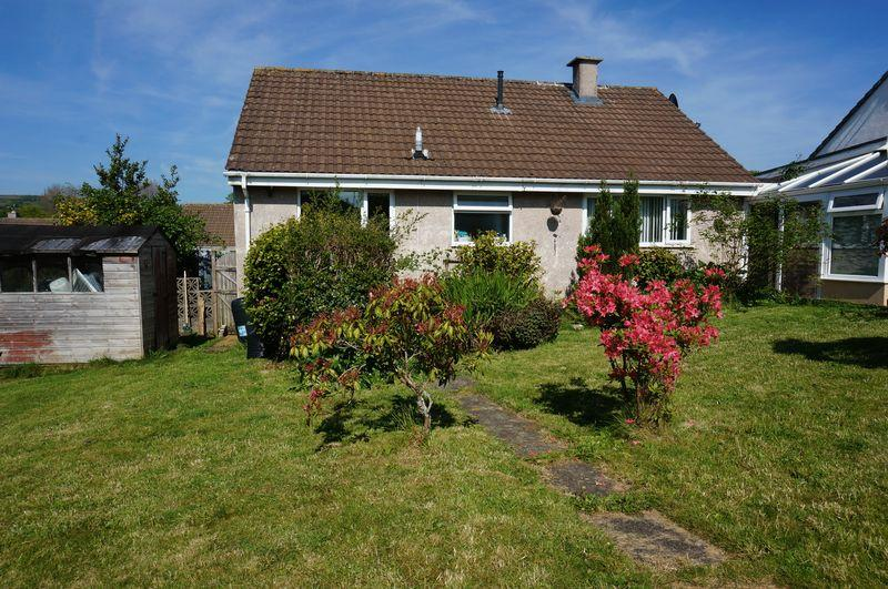 2 Bedrooms Detached Bungalow for sale in Trelawney Road, Callington