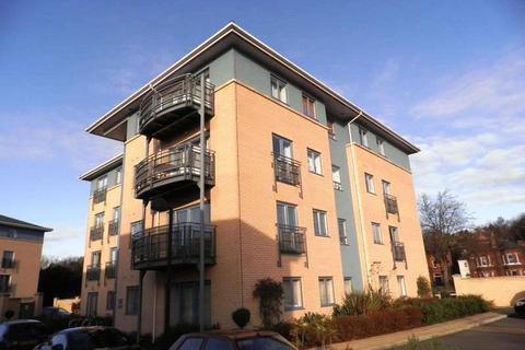 2 bedroom apartment to rent - Regatta House, Castle Quays Close