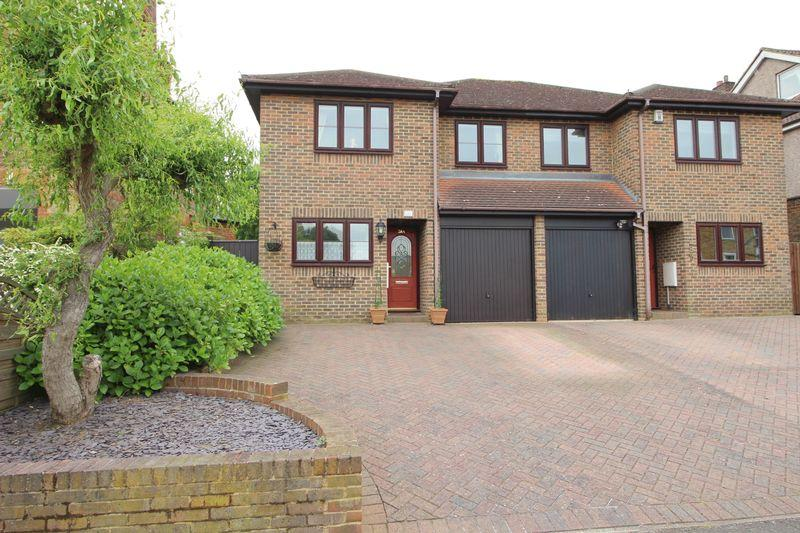3 Bedrooms Semi Detached House for sale in Granville Road, Sidcup