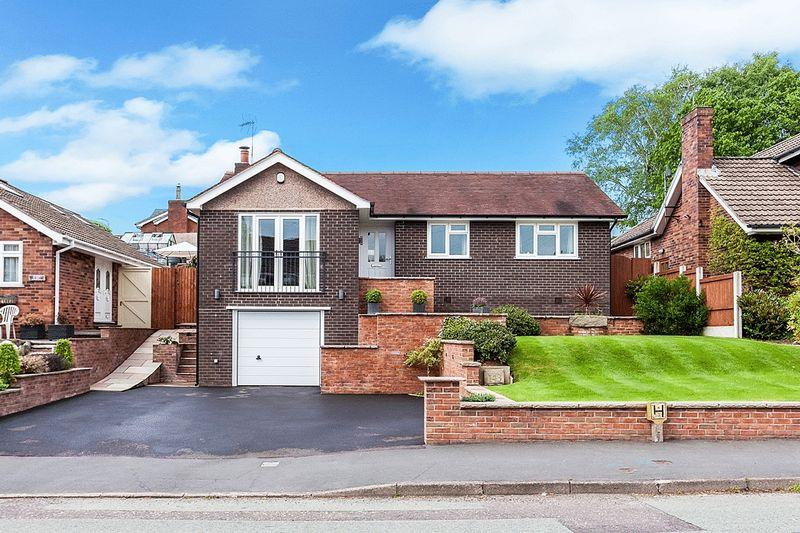 3 Bedrooms Detached Bungalow for sale in St Johns Road, Congleton