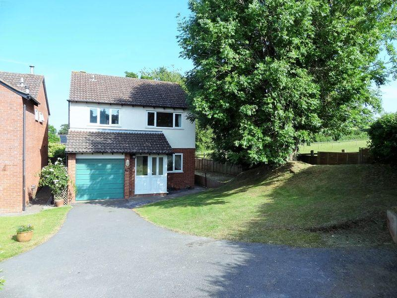 4 Bedrooms Detached House for sale in Banneson Road, Nether Stowey