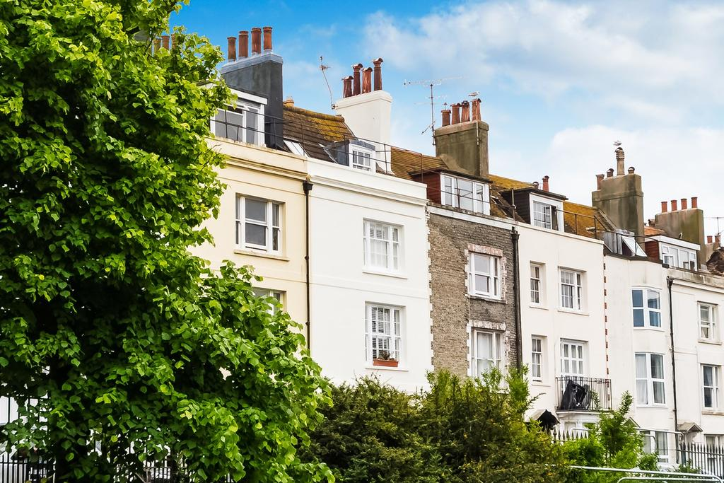 4 Bedrooms Terraced House for sale in Dorset Gardens, Brighton, BN2