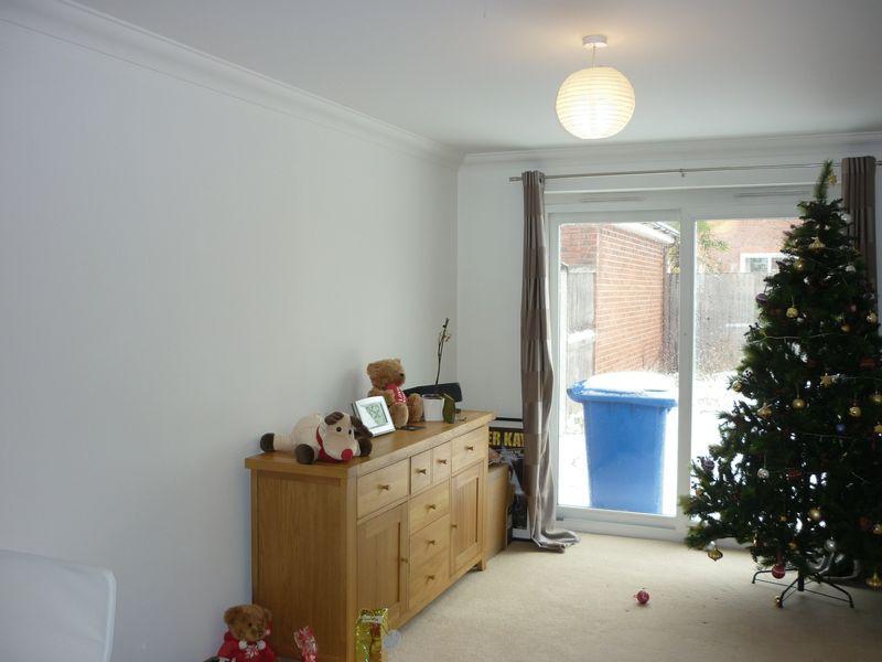 Buckshaw Village Room To Rent