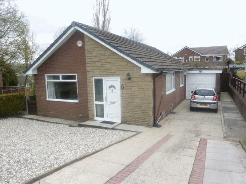 3 Bedrooms Detached Bungalow for sale in Winton Grove, Ladybridge