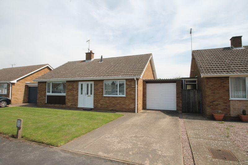 3 Bedrooms Detached Bungalow for sale in St Johns Drive, Spalding