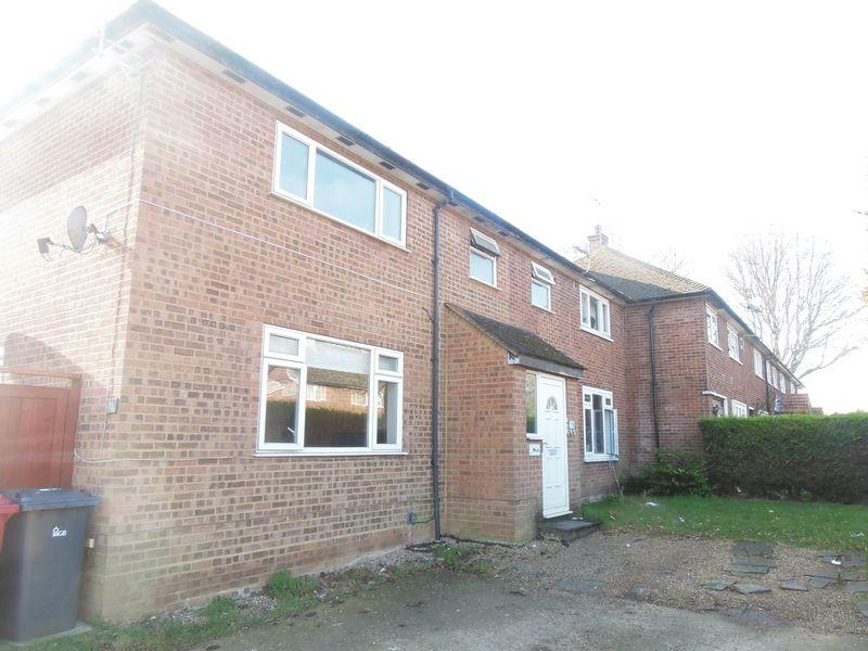 1 Bedroom Ground Flat for sale in Harrow Road, Langley