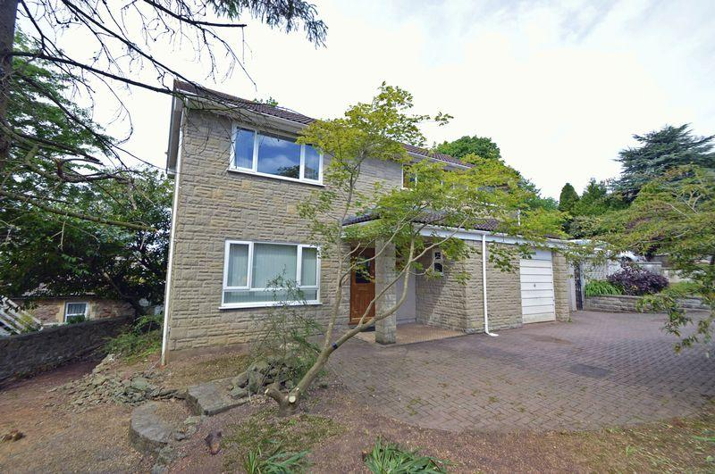 4 Bedrooms Detached House for sale in Just around the corner from Clevedon golf course
