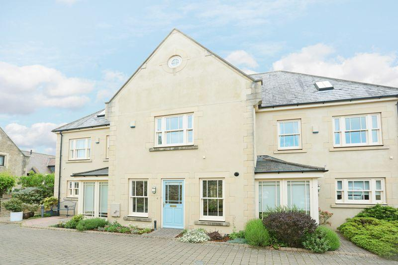3 Bedrooms Terraced House for sale in Mansion House Mews, Corsham