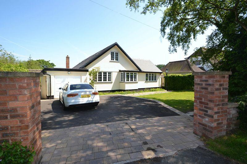 3 Bedrooms Detached Bungalow for sale in Grange Cross Lane, West Kirby