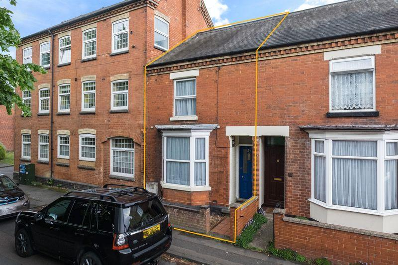 3 Bedrooms Terraced House for sale in North Street, Rushden