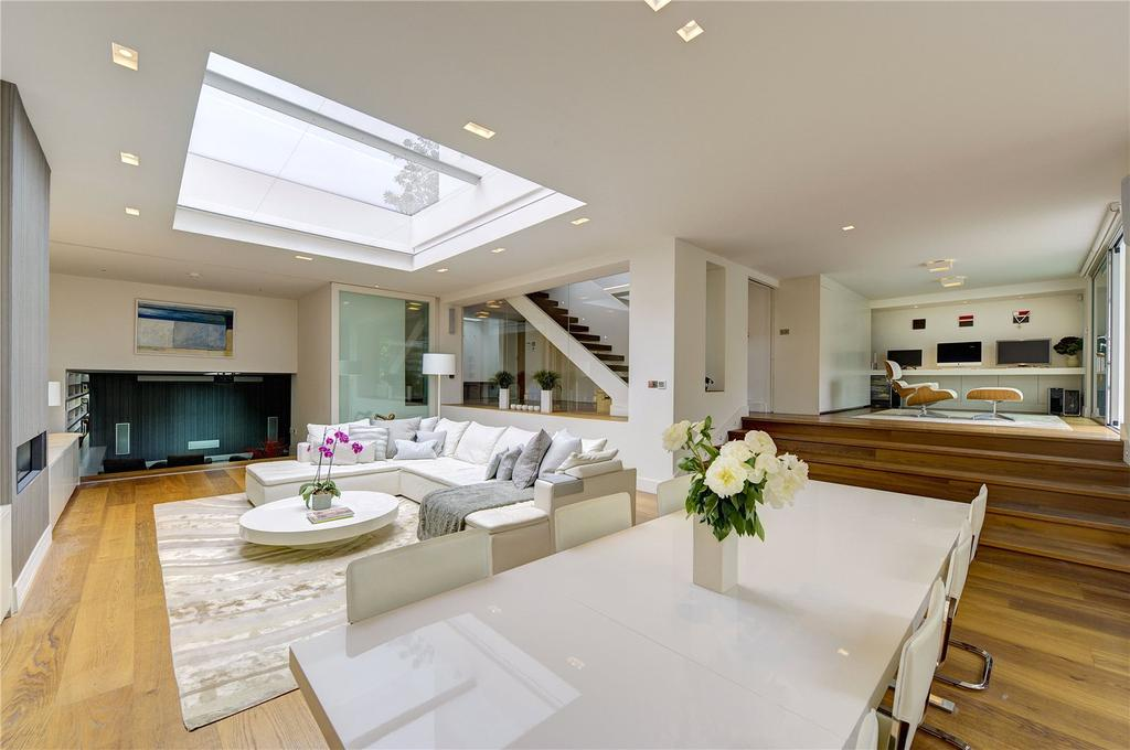 5 Bedrooms End Of Terrace House for sale in Pembroke Gardens, London, W8