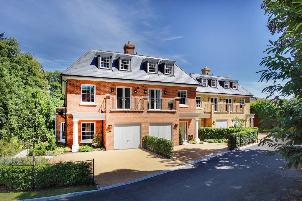 4 Bedrooms Semi Detached House for sale in Crown Lane, Virginia Water, Surrey, GU25