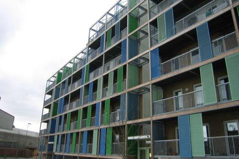 2 bedroom flat to rent - Warren Close, Cambridge, Cambridgeshire, CB2