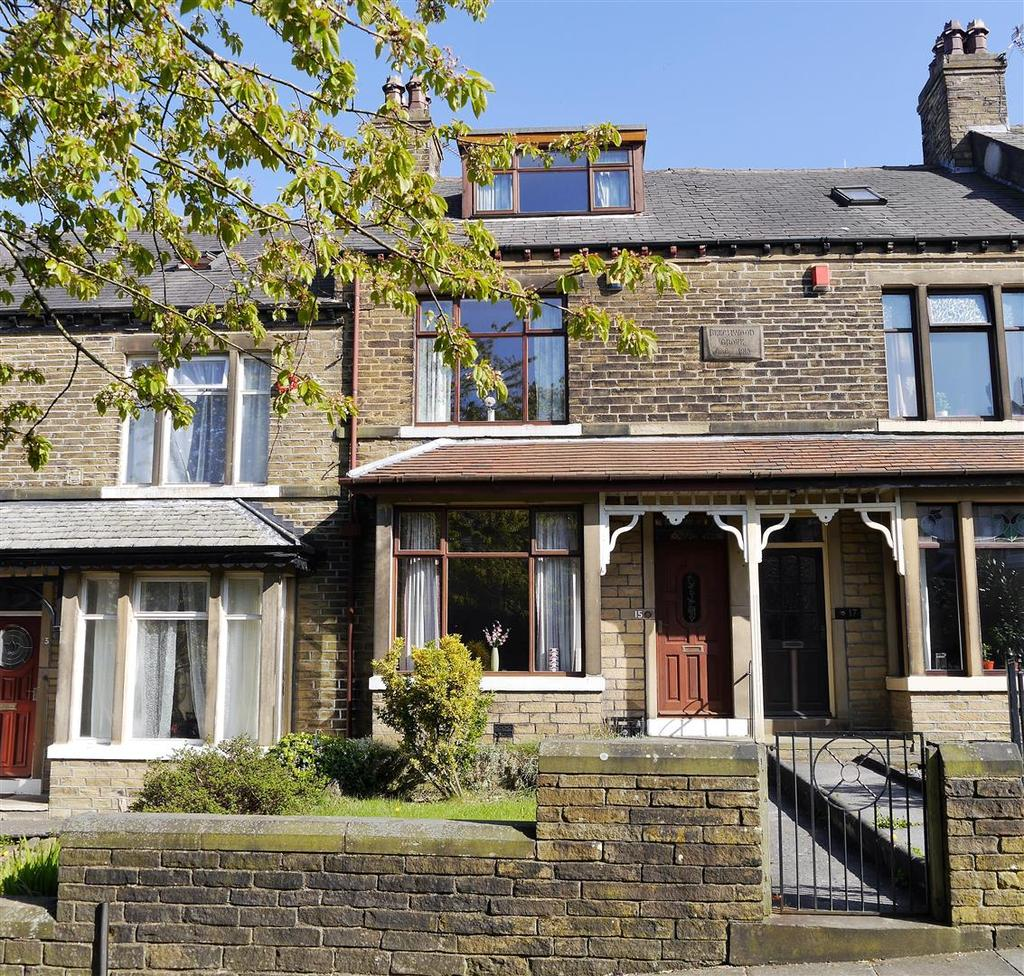 3 Bedrooms Terraced House for sale in Beechwood Grove, Bradford, BD6 3AE