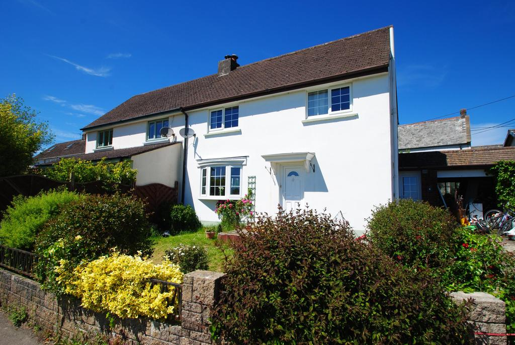 3 Bedrooms Semi Detached House for sale in The Crescent, Langtree