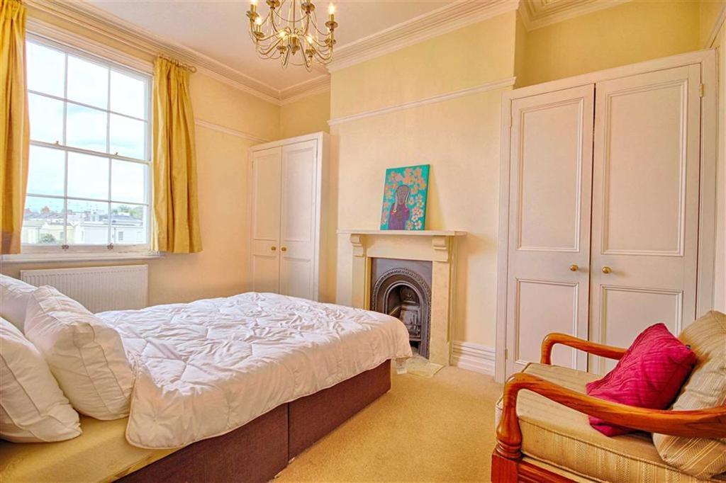 Portland Street Pittville Cheltenham Gl52 5 Bed Townhouse For Sale 649 995