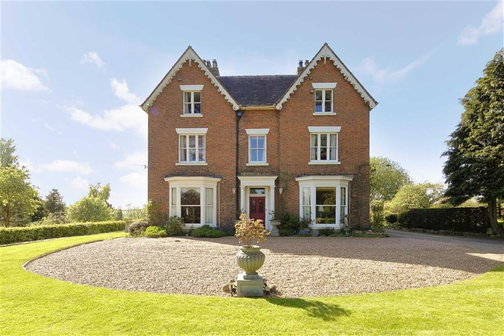 7 Bedrooms Detached House for sale in Hillsworth, Market Drayton, TF9