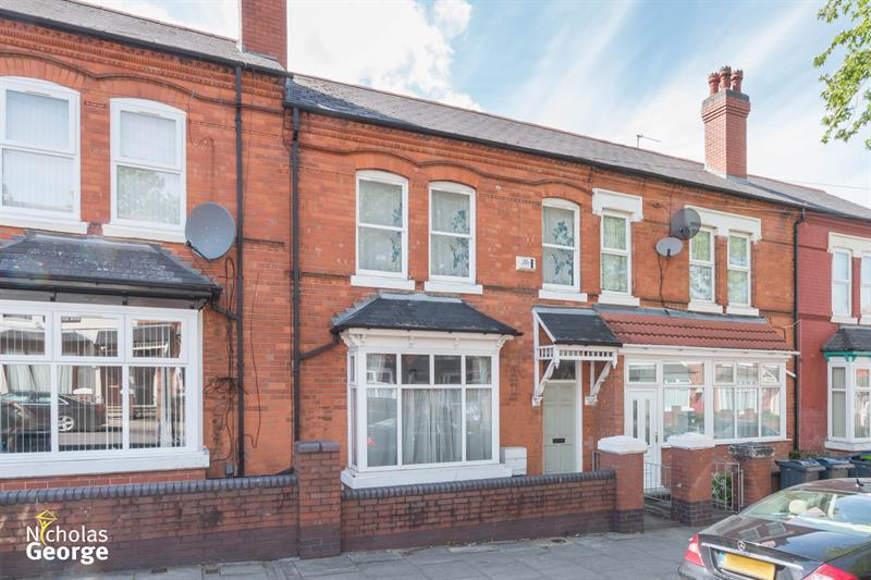 3 Bedrooms Terraced House for sale in Beaconsfield Road, Balsall Heath, Birmingham