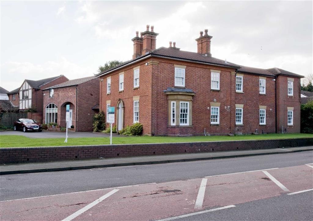 2 Bedrooms Mews House for sale in 2D Woodthorne Grange, Woodthorne Road, Tettenhall, Wolverhampton, West Midlands, WV6
