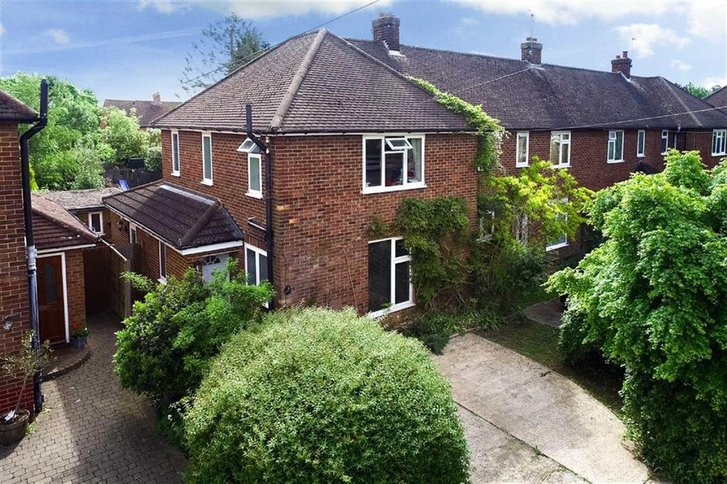 3 Bedrooms End Of Terrace House for sale in Woodland Drive, St Albans, Hertfordshire
