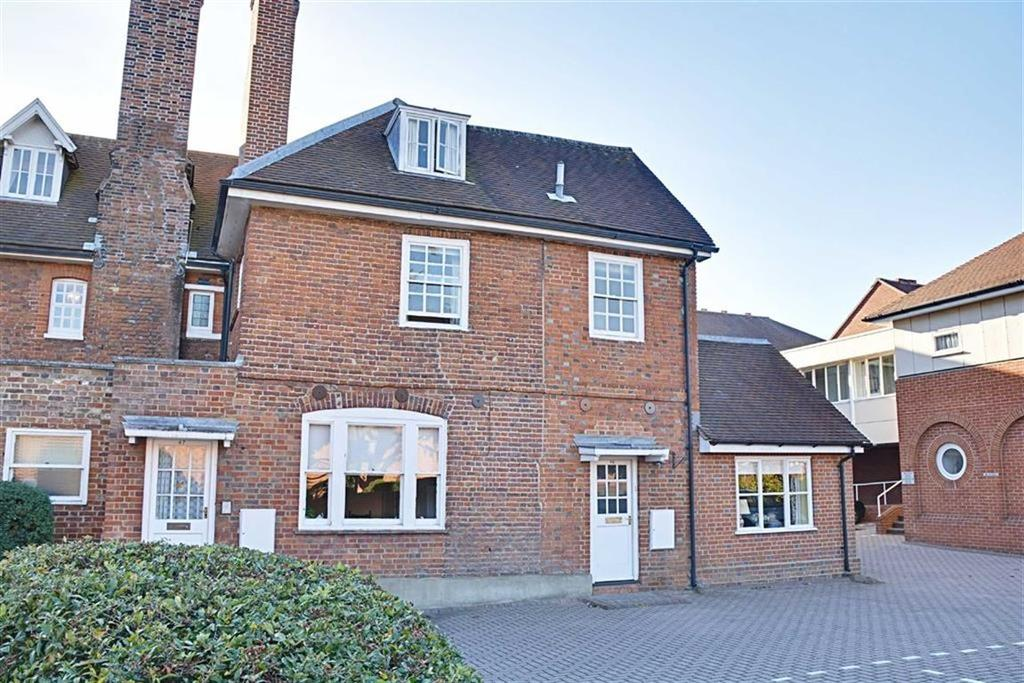 2 Bedrooms Retirement Property for sale in Chauncy Court, Hertford, Herts, SG14