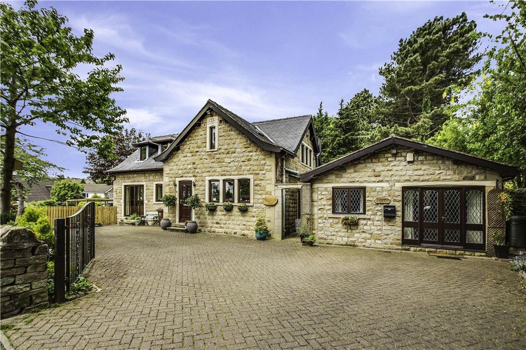 4 Bedrooms Detached House for sale in Mandalay, Gilstead Lane, Bingley, West Yorkshire