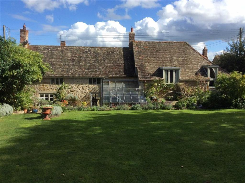 4 Bedrooms Detached House for sale in Over Stratton, South Petherton, Somerset, TA13