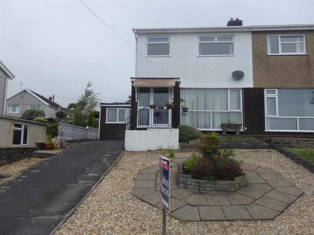 3 Bedrooms House for sale in Heol Beili Glas, Swiss Valley, Llanelli