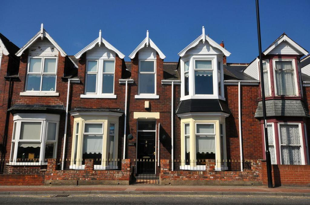 3 Bedrooms Terraced House for sale in Ivanhoe Crescent, Durham Road, Sunderland