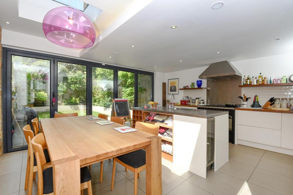 4 Bedrooms Terraced House for sale in Agamemnon Road, West Hampstead