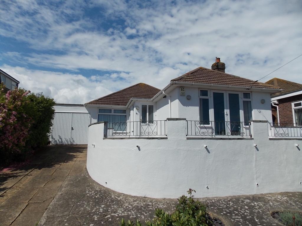 2 Bedrooms Detached Bungalow for sale in Saltdean
