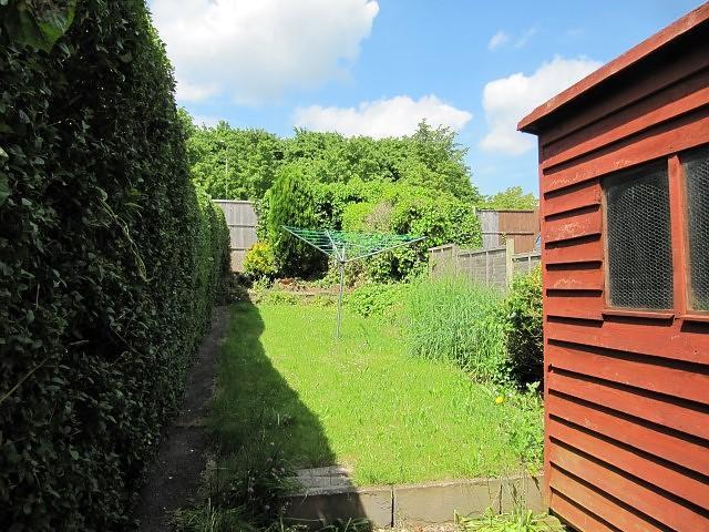 brookvale basingstoke 3 bed property to rent 1 100 pcm. Black Bedroom Furniture Sets. Home Design Ideas